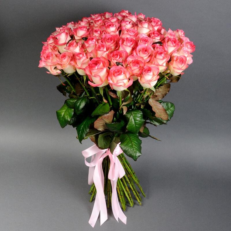 Правильный выбор роз на подарок, как ухаживать